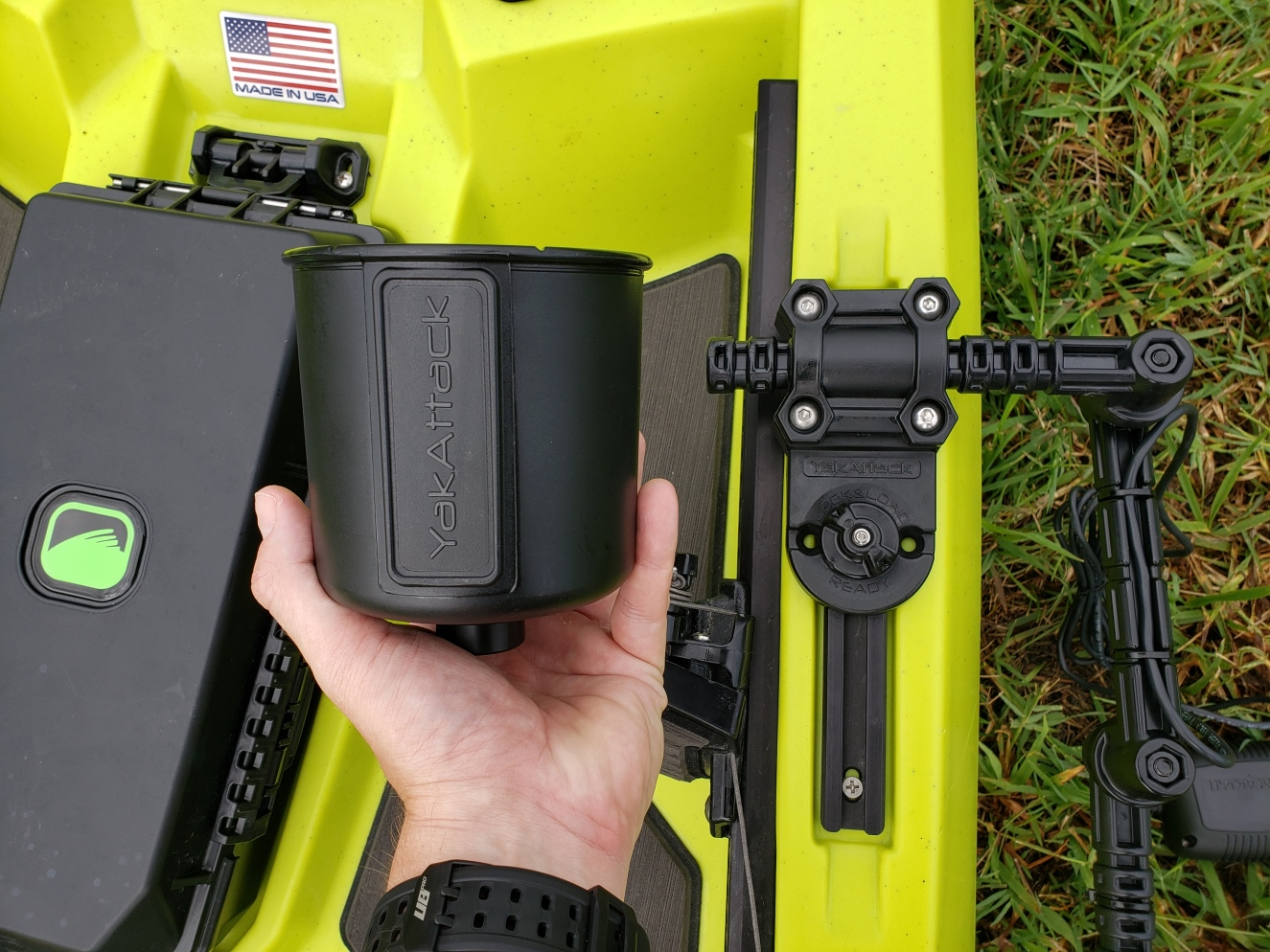 YakAttack cup holder and transducer arm to attach a hydrowave mini to a bonafide kayak